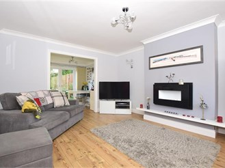 3 bedroom terraced house in Whitstable