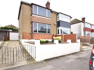 2 bedroom semi-detached house in Strood, Rochester