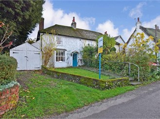 2 bedroom semi-detached house in Northbourne, Deal