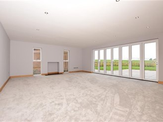 5 bedroom detached house in Woodnesborough, Sandwich