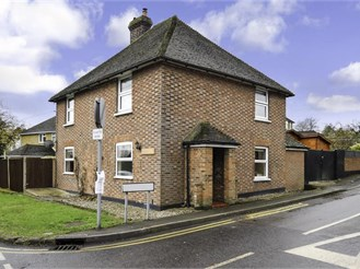 4 bedroom detached house in Charing, Ashford