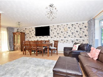 5 bedroom semi-detached house in Minster On Sea, Sheerness