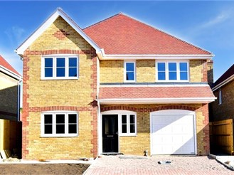 4 bedroom detached house in Bobbing, Sittingbourne