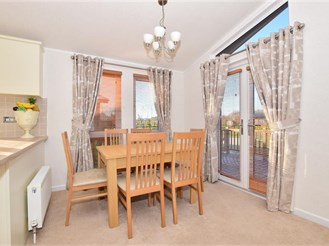 3 bedroom park home in East Malling