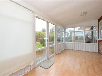 3 bedroom detached bungalow in Cliffsend, Ramsgate