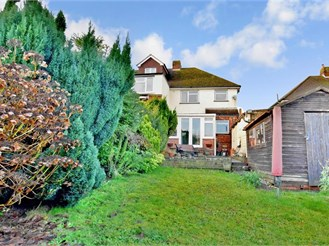3 bedroom semi-detached house in Southborough, Tunbridge Wells