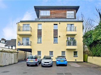 2 bed ground floor apartment in Maidstone