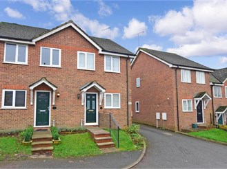 2 bedroom semi-detached house in Shepherdswell, Dover