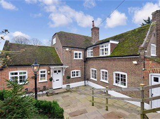 5 bedroom detached house in St. Nicholas At Wade, Birchington