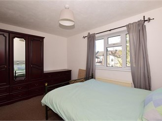 2 bedroom terraced house in South Norwood