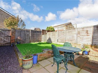 2 bedroom terraced house in Bearsted, Maidstone