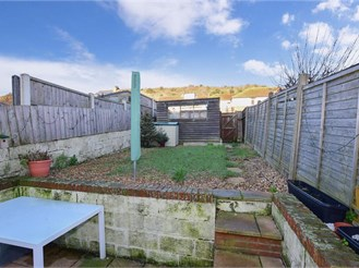 3 bedroom terraced house in Maxton, Dover
