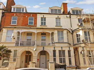 1 bedroom third floor converted flat in Cliftonville, Margate