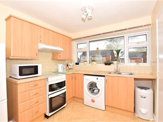 3 bedroom semi-detached bungalow in Rainham, Gillingham