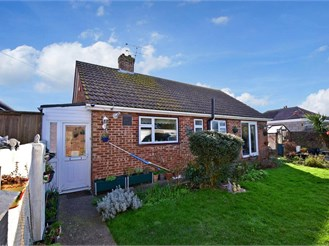 2 bedroom detached bungalow in Ramsgate