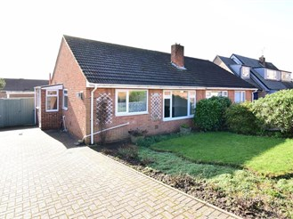 2 bedroom semi-detached bungalow in Strood, Rochester