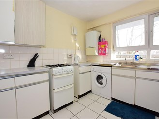 2 bedroom first floor flat in London E6
