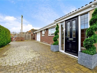 4 bedroom detached bungalow in Kingswood, Maidstone