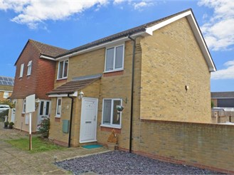 2 bedroom end of terrace house in Hoo, Rochester