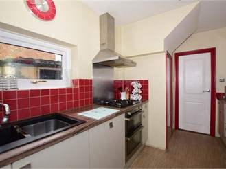 3 bedroom semi-detached house in Ramsgate