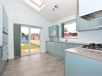 3 bedroom semi-detached house in Larkfield