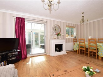3 bedroom end of terrace house in Cliftonville, Margate