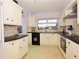 3 bedroom semi-detached house in Whitstable