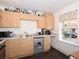 2 bedroom semi-detached house in Kings Hill, West Malling