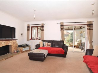 3 bedroom semi-detached house in Eccles, Aylesford