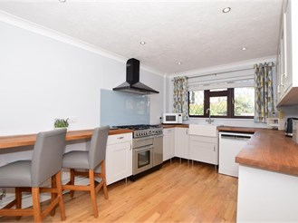 4 bedroom detached house in Barming, Maidstone
