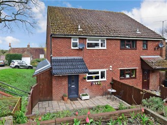 3 bedroom semi-detached house in Eynsford