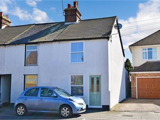 2 bedroom end of terrace house in Upstreet, Canterbury
