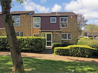 3 bedroom end of terrace house in New Ash Green, Longfield