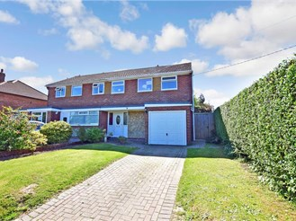 3 bedroom semi-detached house in Whitfield, Dover