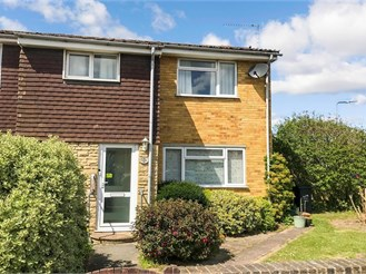 3 bedroom end of terrace house in Westgate-On-Sea