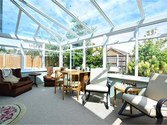 3 bedroom detached bungalow in Birchington