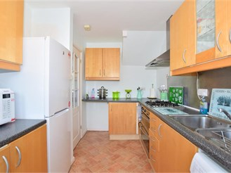 3 bedroom terraced house in Ashford