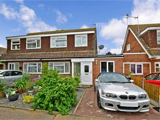 2 bedroom semi-detached house in Broadstairs