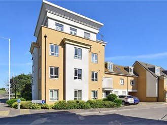 Top floor studio apartment in Ramsgate