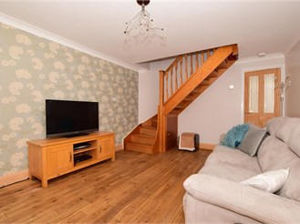 2 bedroom end of terrace house in Downswood, Maidstone