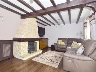 4 bedroom detached house in Lordswood, Chatham