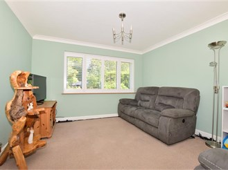 3 bedroom semi-detached house in Ulcombe, Maidstone