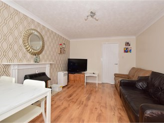 3 bedroom end of terrace house in Minster On Sea, Sheerness