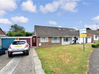 2 bedroom semi-detached bungalow in Eythorne, Dover
