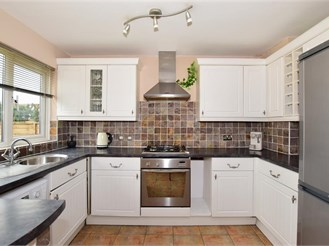 3 bedroom terraced house in Downswood, Maidstone