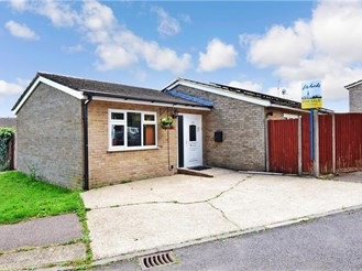 3 bedroom detached bungalow in Chatham