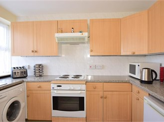 2 bedroom top floor maisonette in Belvedere