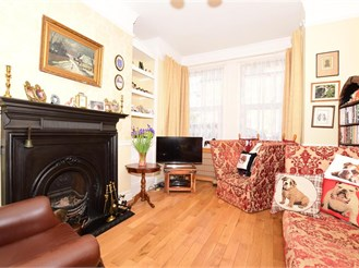 4 bedroom character property in Broadstairs
