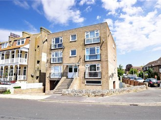 1 bedroom second floor apartment in Birchington