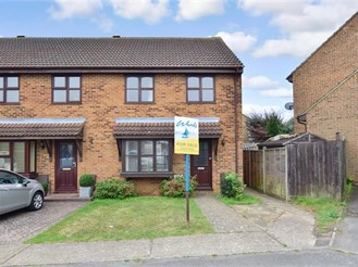 3 bedroom end of terrace house in Gillingham
